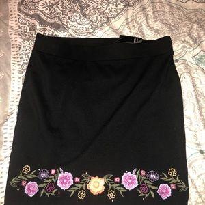 Black and floral Mini skirt Torrid